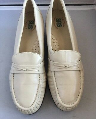d6c0b375fa7 SAS Easier Tripad Comfort Penny Loafers Women s Size 8 M Bone Slip On Shoes