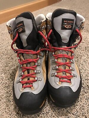 1e8a3818be06e MEN'S SCARPA TRIOLET PRO GTX Mountaineering Boots (US 11)