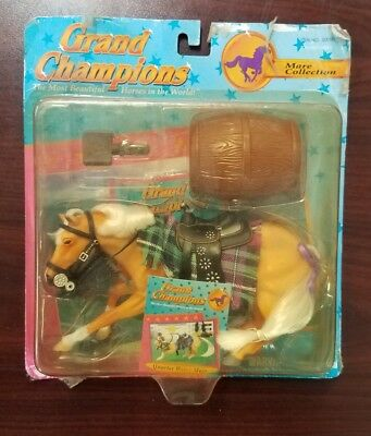 Grand Champions Mare Collection 50090 Horse Play Set New in Box*F1