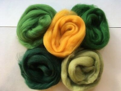 Merino wool roving/tops - Buttercup meadow - wet/needle felting/spinning (M)