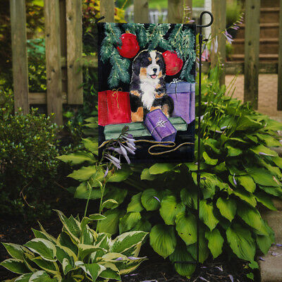 Carolines Treasures  SS8583GF Bernese Mountain Dog Flag Garden Size