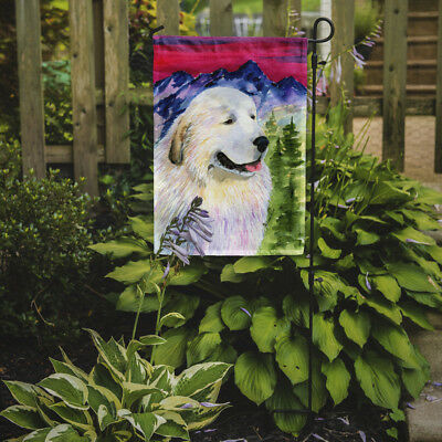 Carolines Treasures  SS8473GF Great Pyrenees Flag Garden Size