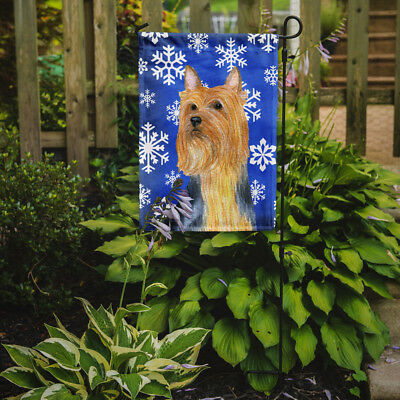Carolines Treasures  LH9271GF Silky Terrier Winter Snowflakes Holiday Flag Garde