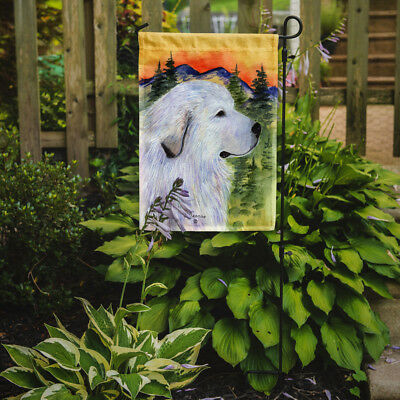Carolines Treasures  SS8236GF Great Pyrenees Flag Garden Size