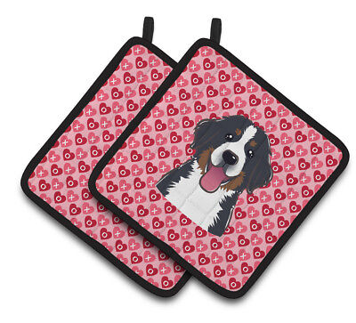 Carolines Treasures  BB5307PTHD Bernese Mountain Dog Hearts Pair of Pot Holders