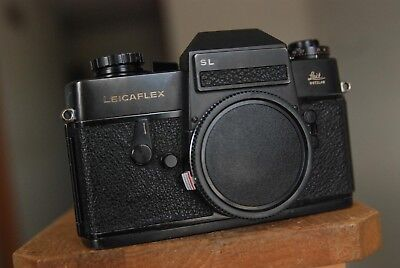 Leicaflex SL Camera body only with strap and body cap