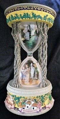 1999 San Francisco Music Box Co Wizard Of Oz Hourglass Musical Snow/Water Globe