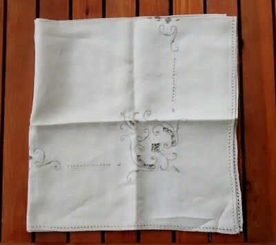 """Vintage Square Linen Ivory Embroidered Cutwork Tablecloth 33"""""""