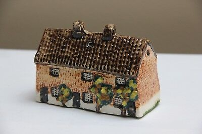 Tey Pottery England Handcrafted Miniature No. 46 Weavers Cottage