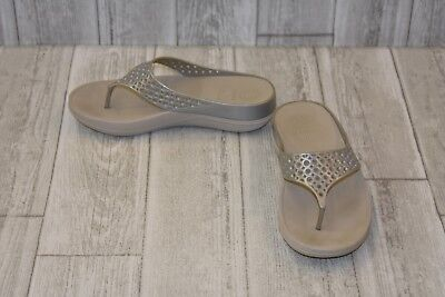 3cb074ff199791 FITFLOP RINGER SEQUINED Wedge Flip Flop