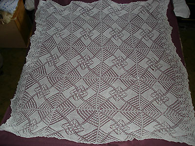 #411 Beautiful Vintage Handmade Coverlet 150cm/160cm(59''/63'')