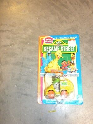 MOC Sesame Street Oscar the Grouch Trash Delivery Metal Vehicle
