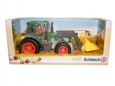 Spielset Schleich Tractor with Driver 42052   4-15 Years