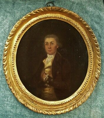 Antique Georgian gentleman 18th century oval oil portrait c1760 Lovely frame too
