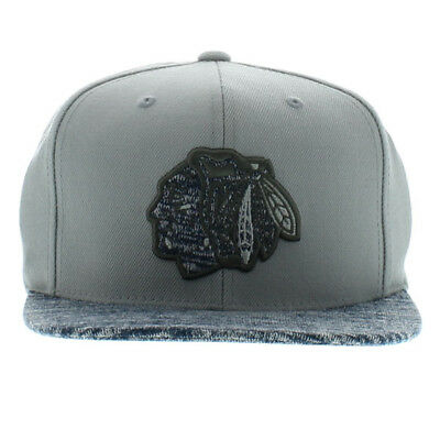 Mitchell & Ness Chicago Blackhawks Snapback Cap Solid Crown Space Knit Grey Hat