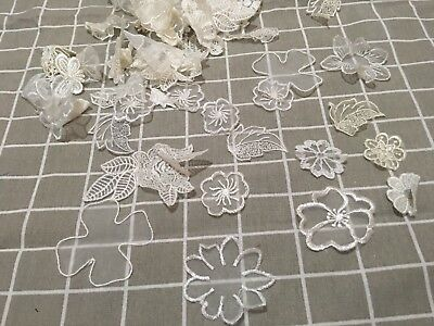 Random 20pcs White/Ivory Embroidery Lace Organza Flowers Leaves Appliques Trim