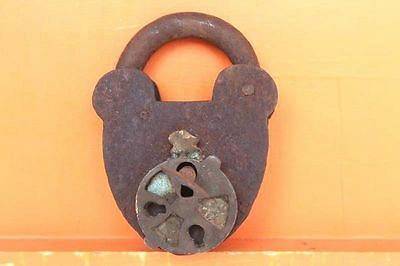 Old Vintage Antique Very Rare Design Iron Lock and Key Collectible F-6