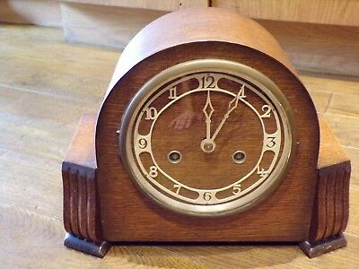 Vintage oak cased British made mantle clock with chimes and key