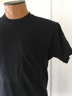 Vintage 1990s Fruit of the Loom Black Blank Pocket T Shirt Large 42-44 of USA Co
