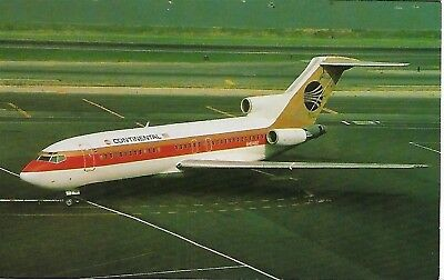 CONTINENTAL AIRLINES Boeing B-727-22 N40482 Arriving LaGuardia - Old Post Card