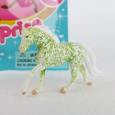 Breyer MINI WHINNIES Mystery Surprise Blind Bag EMERALD Green Horse SERIES 2