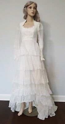 True Vintage 50's Ivory Long Sleeve Lace Tiered Modest Wedding Bridal Gown Sm