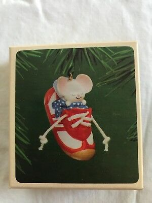"Hallmark ""Sneaker Mouse""  Ornament 1983 In box!"