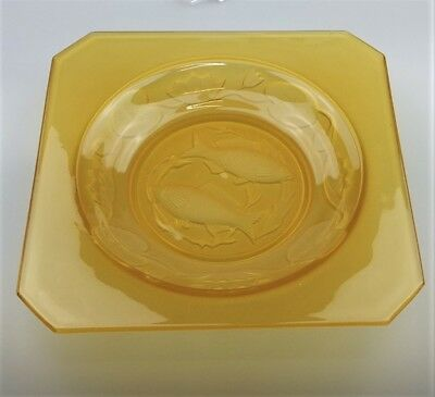 Vintage Bagley Amber Glass Pisces Twin Fish Intaglio Bowl