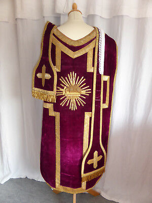 CHASUBLE ANCIENNE VELOURS VIOLET+GALON FIL D'OR Décor AGNUS DEI+ETOLE+MANIPULE