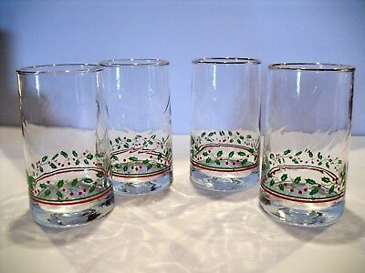 Set of 4 Vintage Arby's Christmas Holiday Holly Berry Glasses Tumblers Libbey