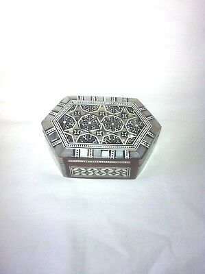 Vintage Indian inlaid mother of pearl wood trinket jewellery box good condition