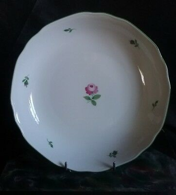 Datant Royal Vienna porcelaine