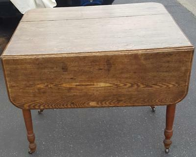 ANTIQUE DROP LEAF Kitchen Table - GREAT WORKING CONDITION ...