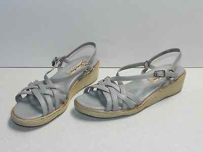 Famolare Italy Women s Strappy Camper Sandals Gray Woven Leather Sz 8.5  Narrow 9e16b07d528