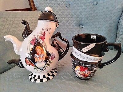 Disney Parks 3 Spout Alice Wonderland Teapot Tea Pot Mad