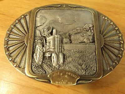 John Deere Belt Buckle - Hinton V Is For Victory - Ltd Edtion - Unused