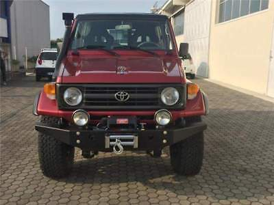 Toyota Land Cruiser HZJ 73