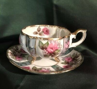 VINTAGE TEA CUP FOOTED 3 LEG FLORAL  LUSTERWARE MARKED NAPCO JAPAN, CIRCA 1950s