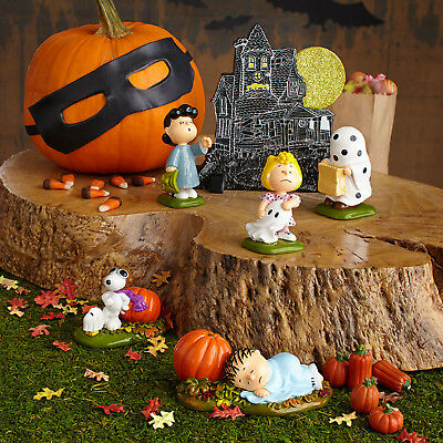 Dept 56 Peanuts Halloween Snoopy Linus Lucy Sally Haunted House Set of 6 New!