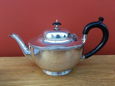 1930's Solid Silver Teapot, 408.2 Grams, Hallmarked Sheffield 1931