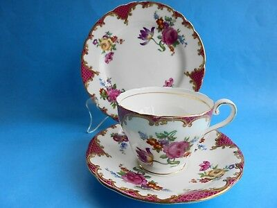 Vintage Aynsley Bone China Trio Tea Cup Saucer And Plate Like New