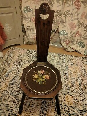 Antique spinning chair