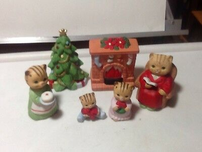 Christmas Cat Kitten Family Figurines Tree Fireplace