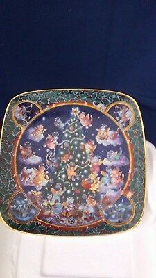 Franklin Mint Limited Edition Porcelain Christmas Plate Trimmed To Purr-Fection