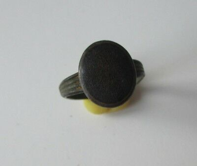 Bronze Ancient Ring whith blue stone or enamel. Middle Ages Origin.