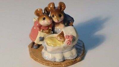 Wee Forest Folk Figurine M-259 RETIRED The Family baby in bassinet crib Annette