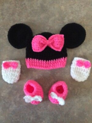 Crochet MINNIE MOUSE Newborn -3 Month Baby Girl photo prop Hat, Booties, Mittens
