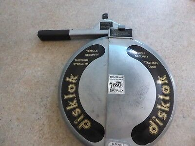 Disklock Full Steering Wheel Lock Size Small 1 Key Silver