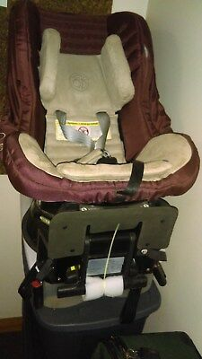 Orbit G2 ORB822000 Car seat with base expires 2019