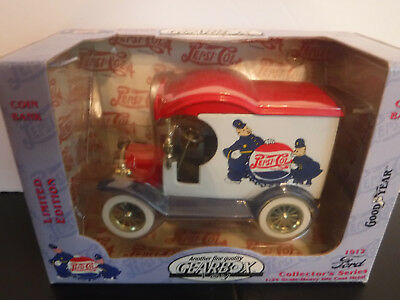 Vintage Gearbox Toy Limited Edition Pepsi Cola 1912 Ford 1:24 Scale Coin Bank